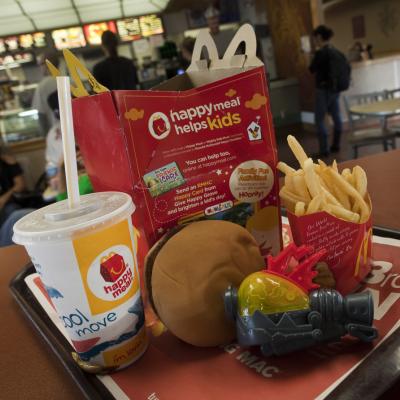 Mcdonalds Streicht Cheeseburger Aus Happy Meal