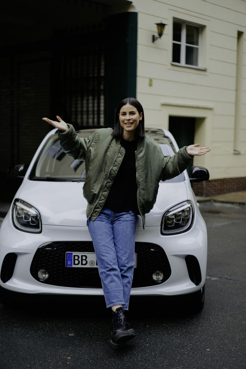 2020-04-24-Lena-Meyer-Landrut-Mercedes.jpg
