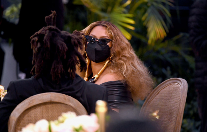 Beyonce-sitting.jpg