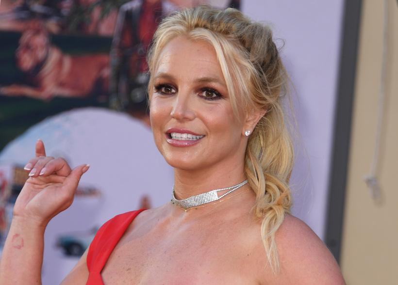 Britney-Spears-has-a-male-lookalike.jpg