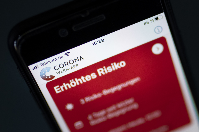 """Fanta 4 mit Corona-App luca: """"Der Scheiß wird im Altenheim getestet"""""""