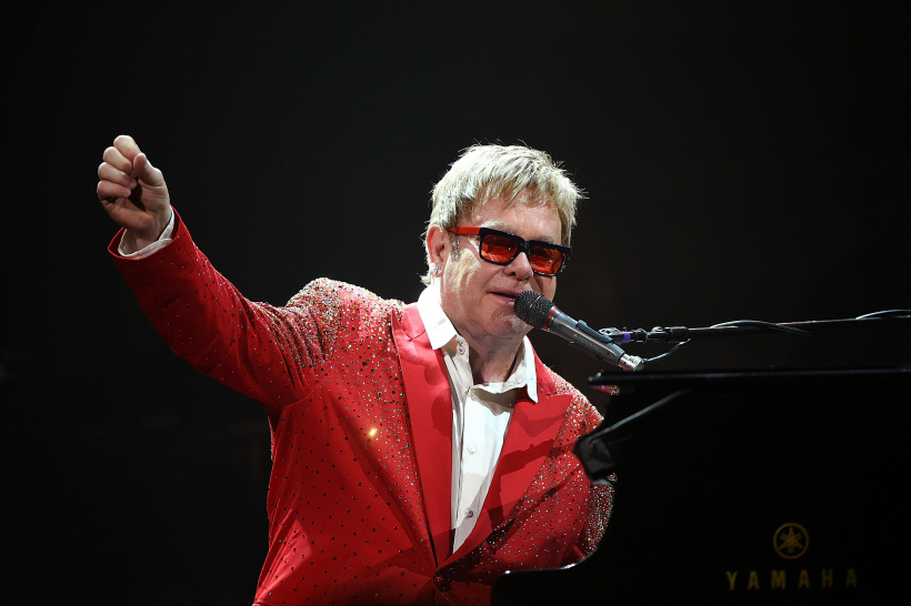 Elton-John-.jpg
