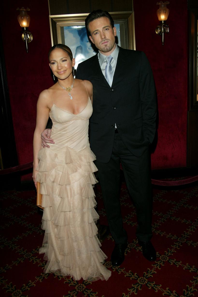 Jennifer-Lopez-and-Ben-Affleck.jpg