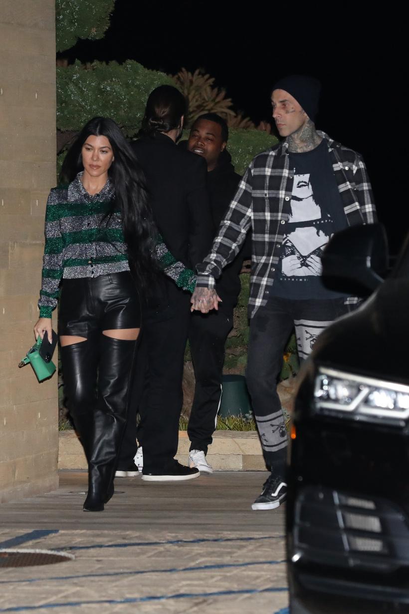 Kourtney-Kardashian-and-Travis-Barker.jpg
