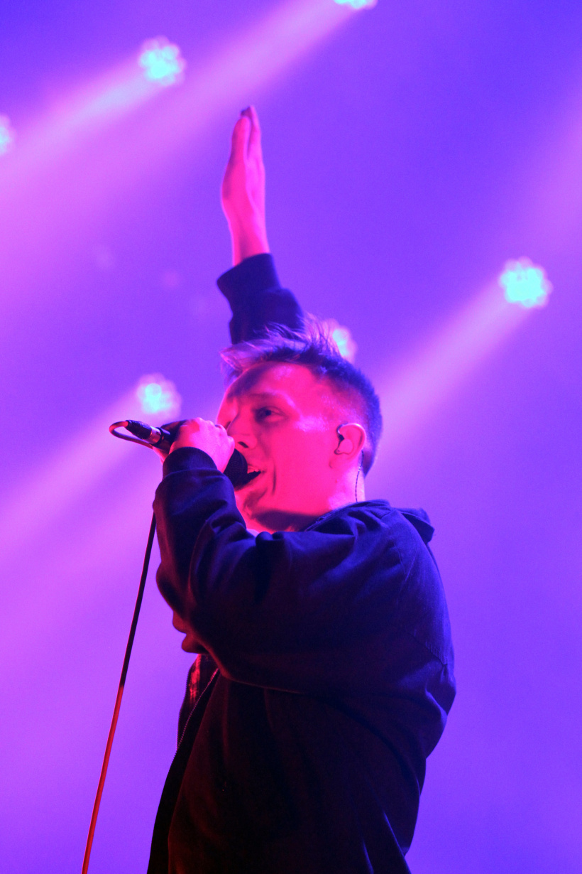Kraftklub-Sänger Kummer verschiebt Tour auf 2021