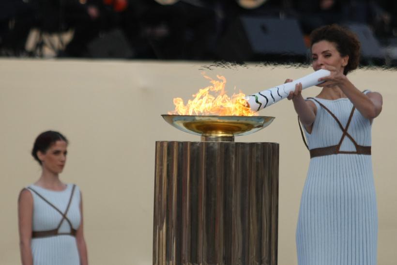 Das olympische Feuer wird entfacht