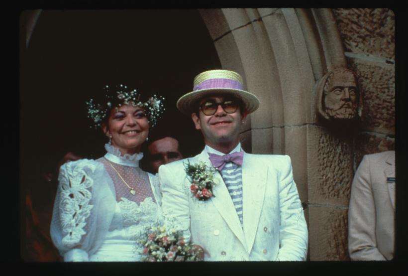 Elton John: Klage & einstweilige Verfügung von Ex-Frau Renate Blauel