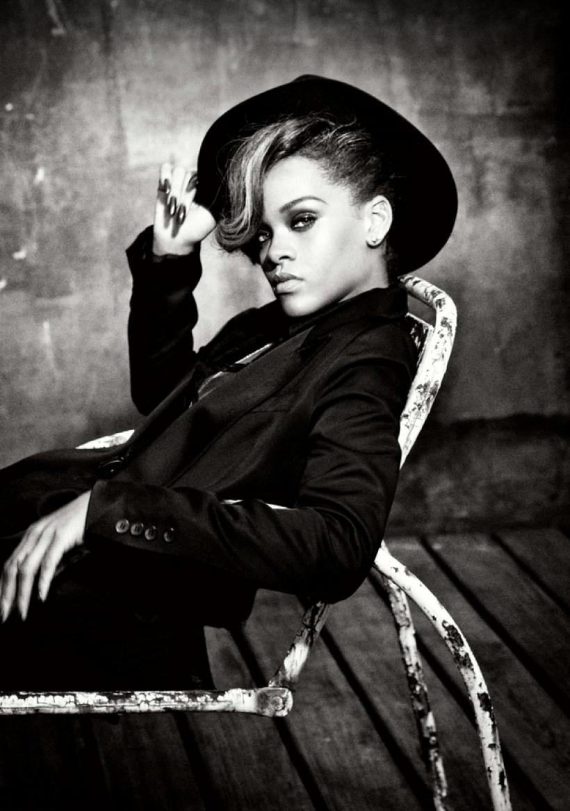 Rihanna-2011.png