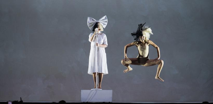 Sia-and-Maddie-Ziegler.jpg