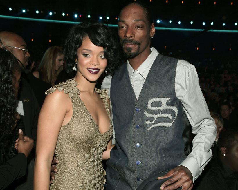 Singer-Rihanna-and-Rapper-Snoop-Dogg.jpg