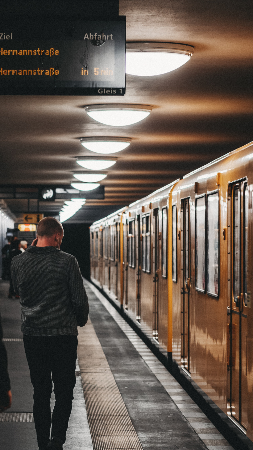 Ein Bahnsteig in Berlin