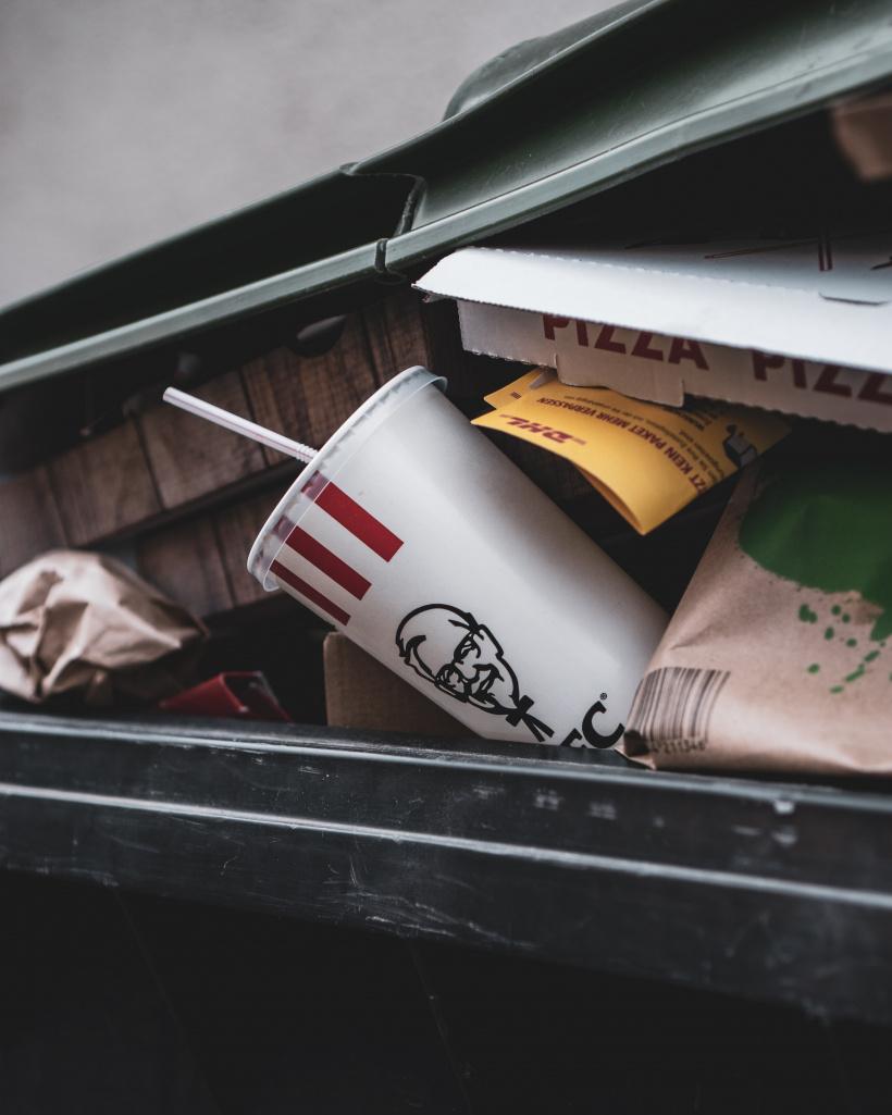 Mit Pfand gegen Verpackungsmüll?