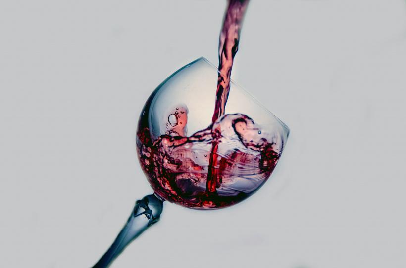 Hat der Wein tiefere Aromen, die lange anhalten? Dann ist er qualitativ hochwertig